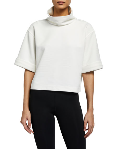Image 1 of 2: Aurum Legend Short-Sleeve Top