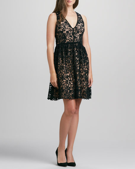 Daisy Chain Sleeveless Lace Dress