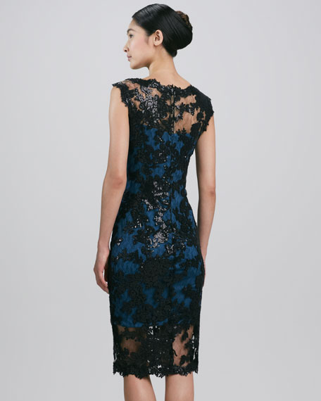 Sleeveless Scalloped Lace Cocktail Dress