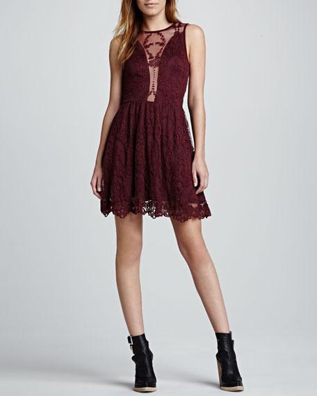 Lulu Sleeveless Lace Dress, Wine
