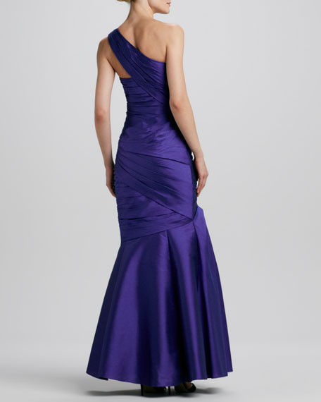 One-Shoulder Ruched Trumpet Gown