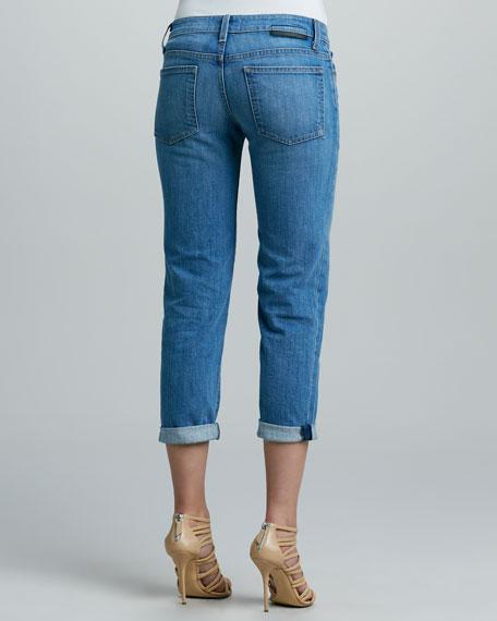 Carter 350 Wears Cuffed Boyfriend Jeans, Nimes