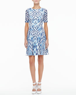Monique Lhuillier Silk Lined Lace Cocktail Dress