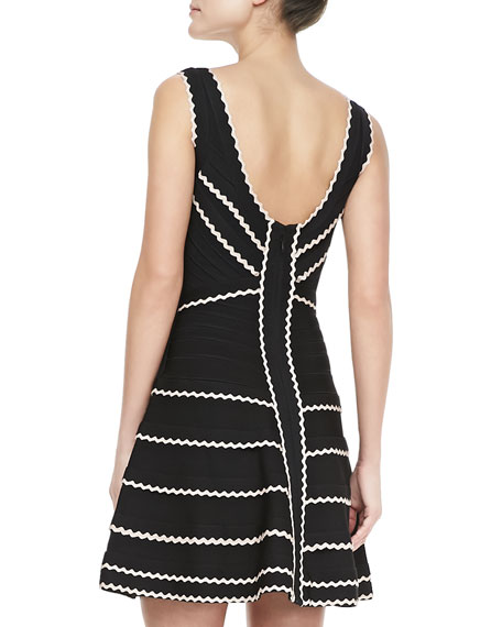 Contrast-Scallop Bandage Dress