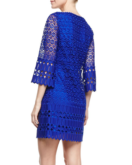 3/4-Sleeve Boat-Neck Lace Shift Dress