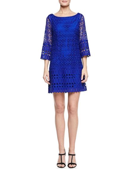 3/4-Sleeve Boat-Neck Lace Shift Dress