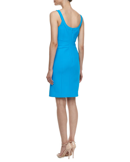 Travel Sleeveless With Cut-Out-Design Sheaf Travel Dress