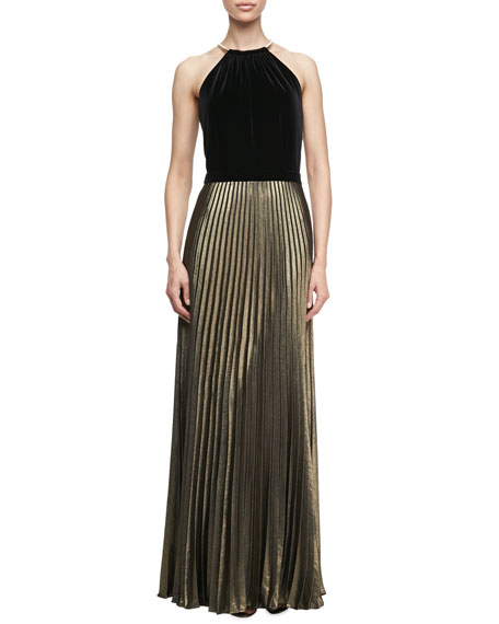 Ring Neck with Pleated Skirt Gown, Black/Gold