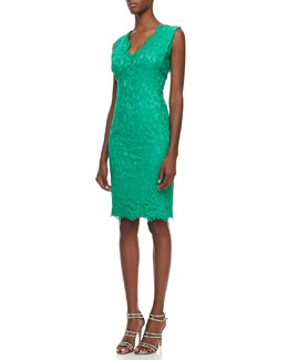 Tadashi Shoji Sleeveless V-Neck Lace Cocktail Dress