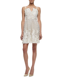 Alice + Olivia Devorah V-Neck Party Dress