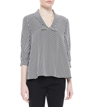 adena v-neck houndstooth top
