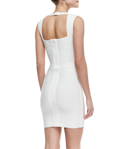 Queen Liz V-Neck Short Bandage Dress