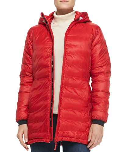 Hybridge Lite Hooded Quilted Shell Down Jacket in Red
