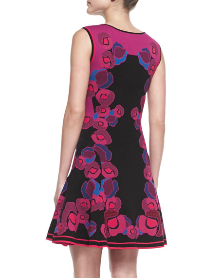Sleeveless Floral Body-Conscious Dress