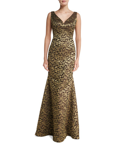 Sleeveless V-Neck Scroll Lace Gown