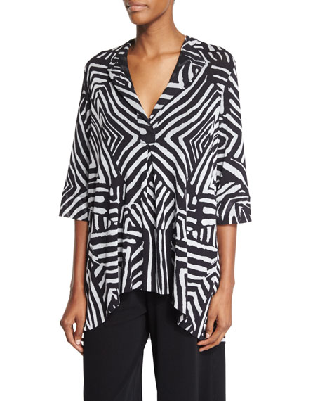 Fuzzi Half-Sleeve Tribal-Print Blouse