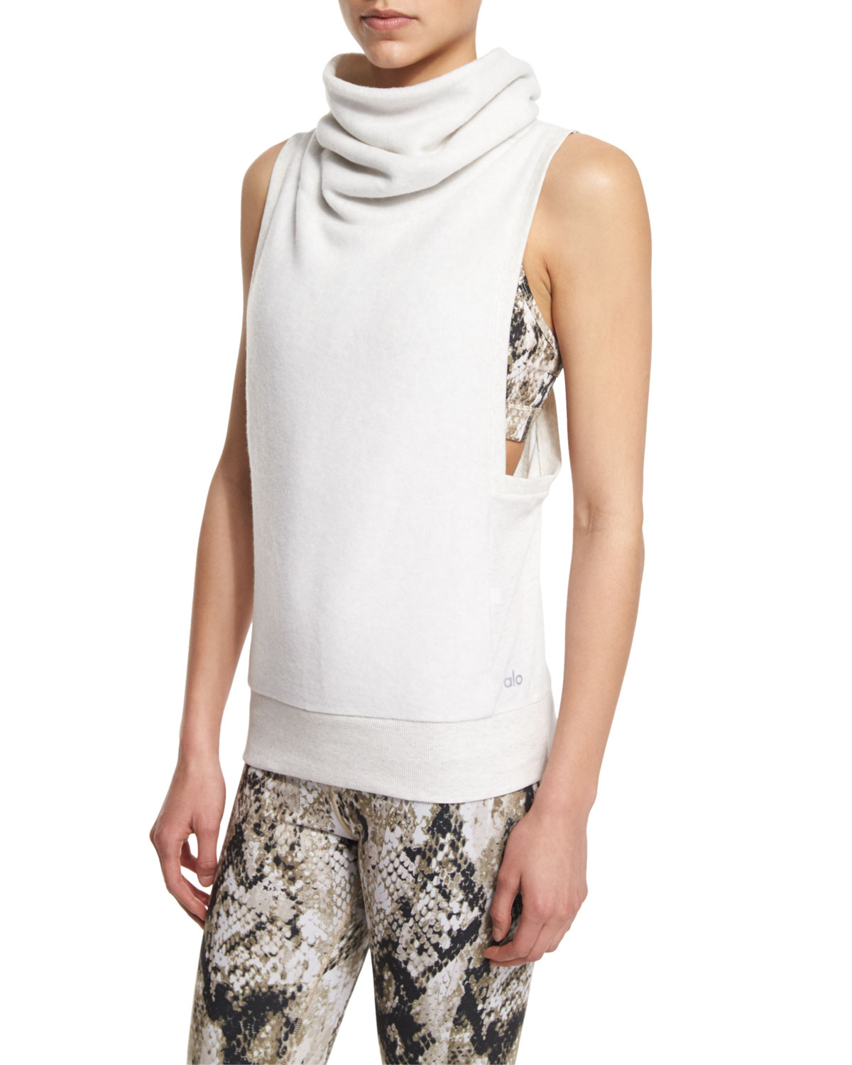 bc4d8cf7c9295 Alo Yoga Haven Turtleneck Sleeveless Sport Tank