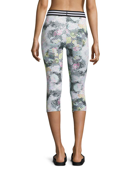 Elastic Band Capri Performance Leggings, Madonna