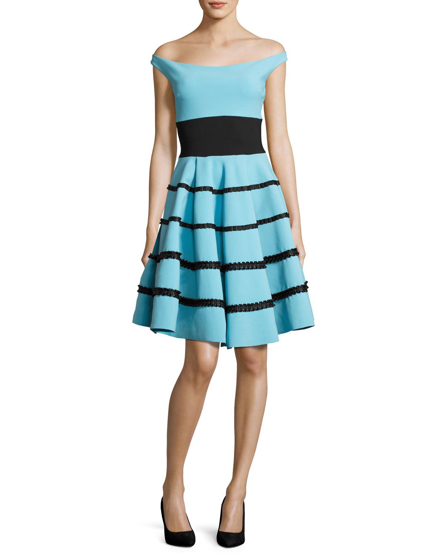86f1b7caf5e1b Chiara Boni La Petite RobeNicoletta Off-the-Shoulder Striped Circle Cocktail  Dress
