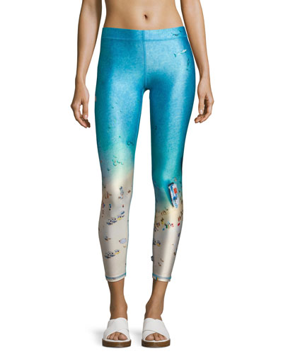 Beach Days Performance Capri Leggings