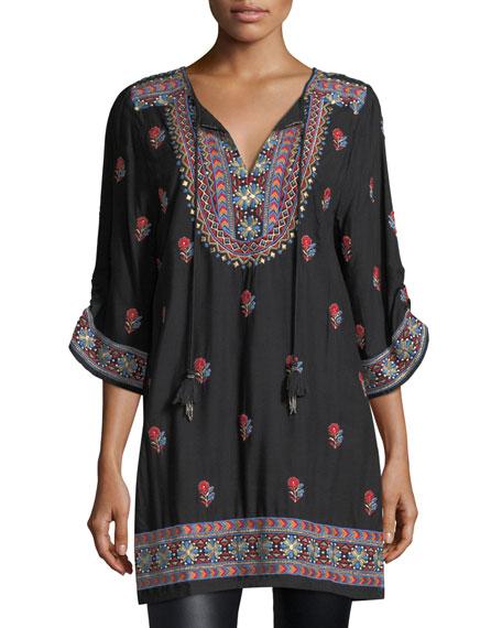 Pooja 3/4-Sleeve Embroidered Tunic