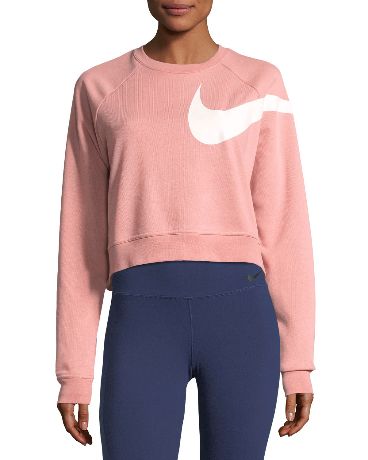 709690bd3a669 Nike Dry Versa Long-Sleeve Training Top