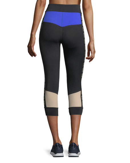 Curve Ball 3/4 Performance Leggings