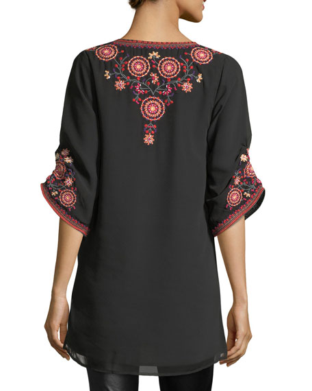 Khalisse Half-Sleeve Embroidered Tunic