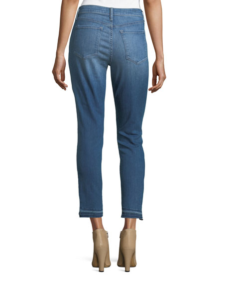 Ami Released-Hem Crop Jeans