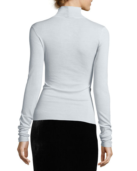 Lightweight Turtleneck Sweater