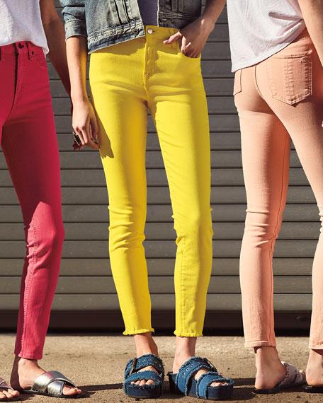 Low-Rise Shorts w/ Frayed Hem