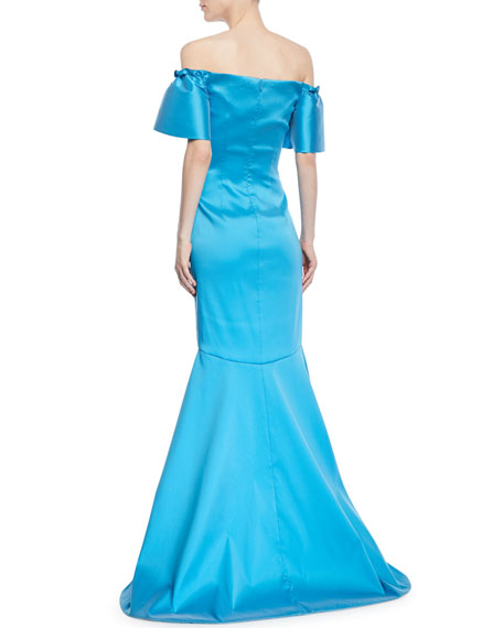 Off-the-Shoulder Metallic Super Stretch Trumpet Gown
