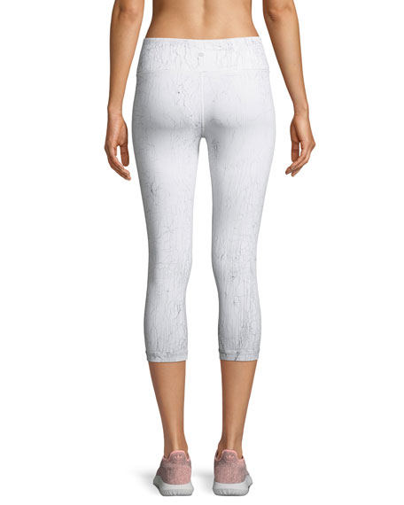 Crackle High-Waist Capri Leggings