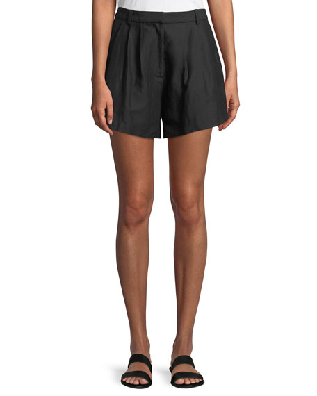 Oversized Pleated Linen-Blend Shorts in Black