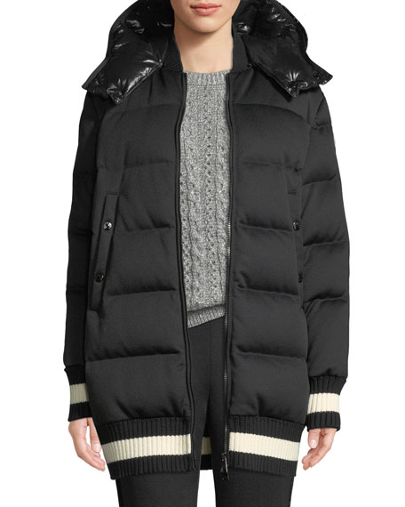 Moncler Harfang Puffer Coat w/ Contrast Hood and