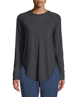 5d1ed610eb59 Under Armour Breathelux Long-Sleeve Performance Top