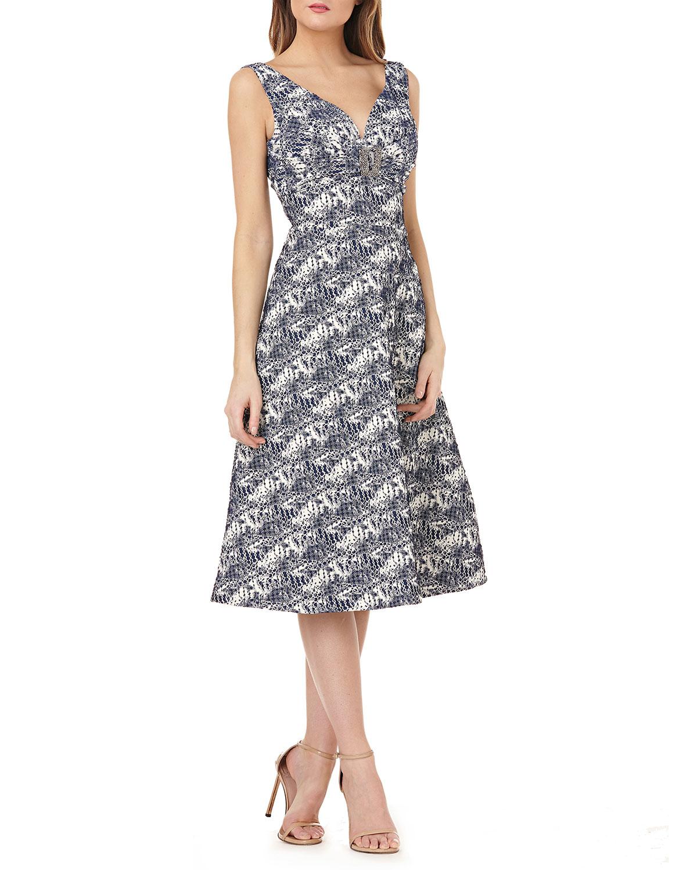 Kay Unger New York Stretch Metallic Jacquard Gown w/ Brooch | Neiman ...