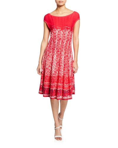 Plus Size Garden Party Printed Boat-Neck Cap-Sleeve Dress