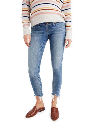 Maternity Cropped Skinny Jeans w/ Frayed Hem