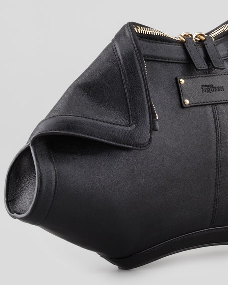 De-Manta Leather Clutch Bag, Black