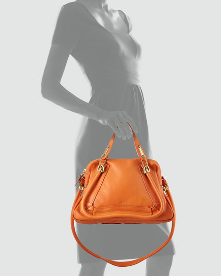 Paraty Medium Shoulder Bag, Orange