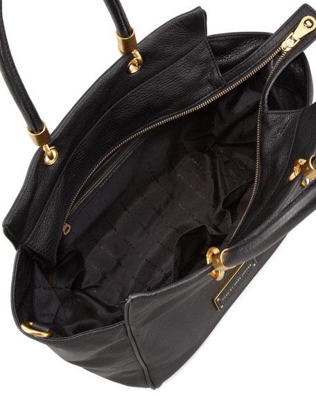 Too Hot To Handle Bentley Tote Bag Black
