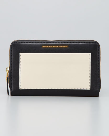 Know When to Fold 'Em Travel Wallet, Black/White