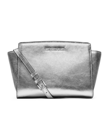 Medium Selma Metallic Messenger