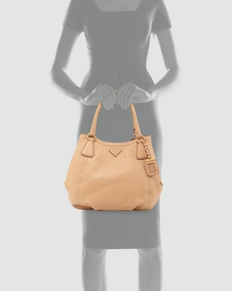 Daino Medium Shoulder Tote Bag, Tan (Noisette)