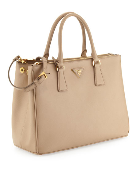 Find great deals on eBay for beige bags. Shop with confidence.