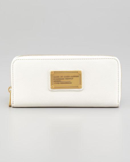 Classic Q Slim Continental Wallet