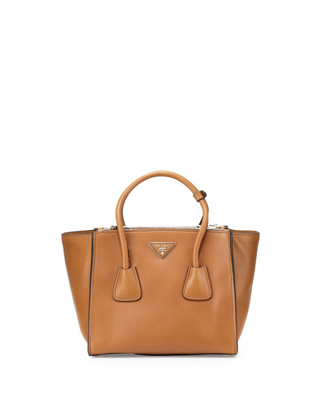 City Calf Twin Pocket Tote Bag, Camel (Cannela)