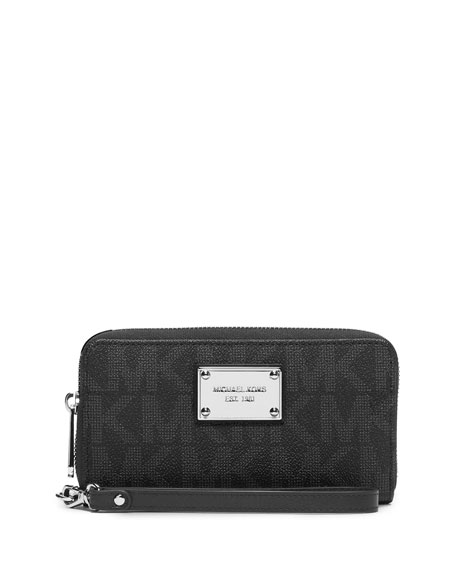 MICHAEL Michael Kors Jet Set Multifunction Large Logo