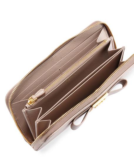 Bow Saffiano Continental Wallet, Cameo